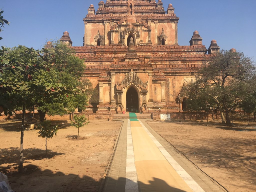 large temple in Bagan